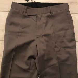 Hugoboss James brown US 10 30R NWT sand trouser
